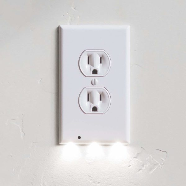SnapPower Guidelight - Outlet Wall Plate With LED Lights