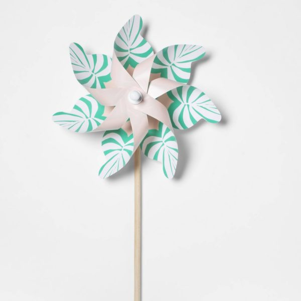 Palm Leaf Pinwheel
