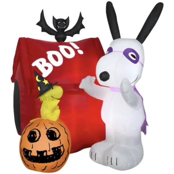 Gemmy Airblown Snoopy Halloween House 6 foot Halloween Inflatable