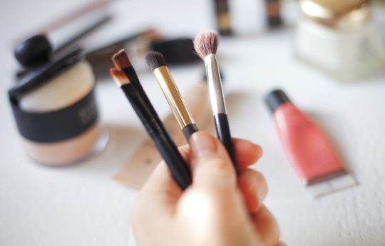 How to Clean & Maintain Your Makeup Brushes (They're Dirtier Than You Think!)