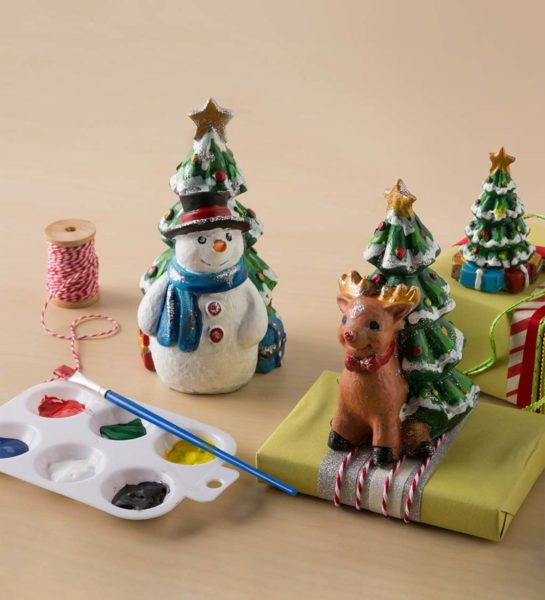 Color Pops® Paint-Your-Own Rock Pets: Holidays!