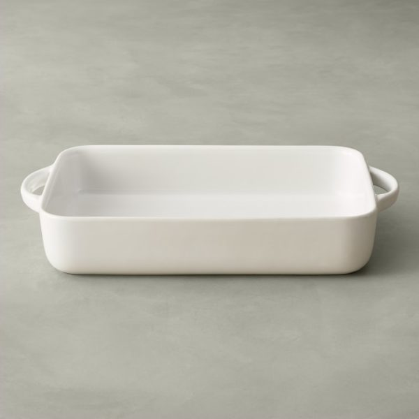Williams Sonoma Essential Rectangular Baker