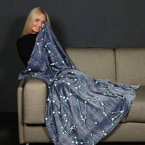 Kanguru Glow in The Dark Constellation Blanket