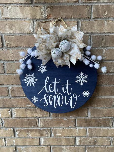 Winter Wreath. Let it snow