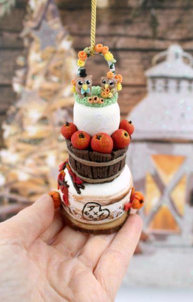 Wedding cake replica ornament