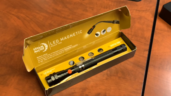 LED Magnetic Pickup tool