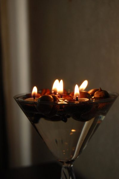 Acorn Cap Scented Floating Candles