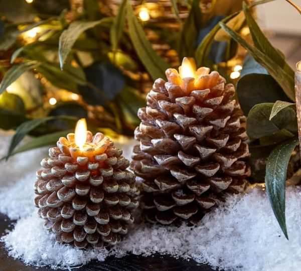 Premium Flickering Flameless Wax Pinecone Candles