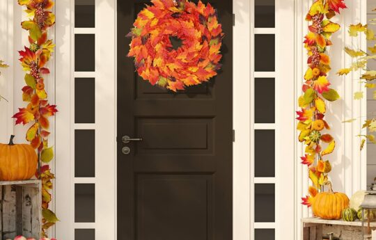 10 Best Fall Wreaths to Upgrade Your Front Door Décor
