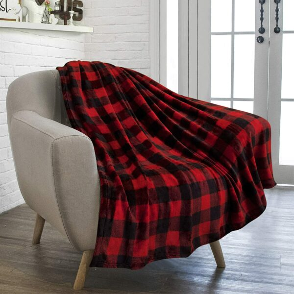 PAVILIA Flannel Throw Blanket