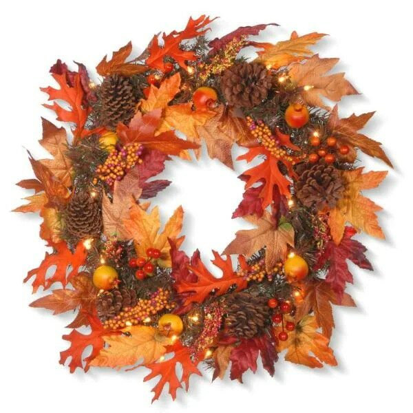 Maple Wreath with Clear Lights