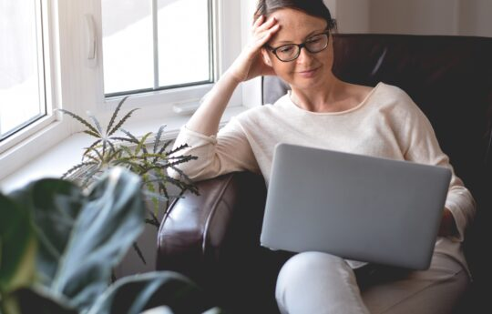 Talkspace vs. Betterhelp: Which Online Therapy Program is Right For You?